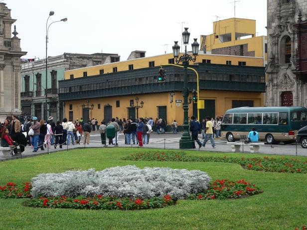 peru-plaza-mayor-de-lima-casa_del_oidor