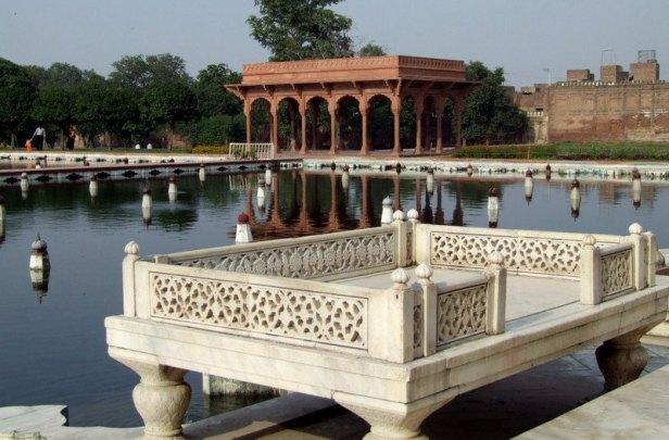 shalimar-gardens-ihr