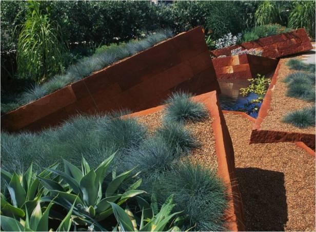 the-red-garden-sidney-qw