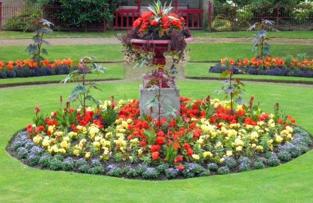 vic-victorian-garden-at-wentworth-castle