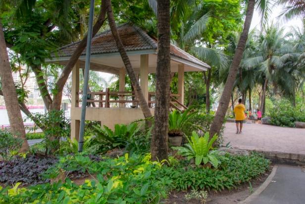 banjakiti-park-bangkok-09
