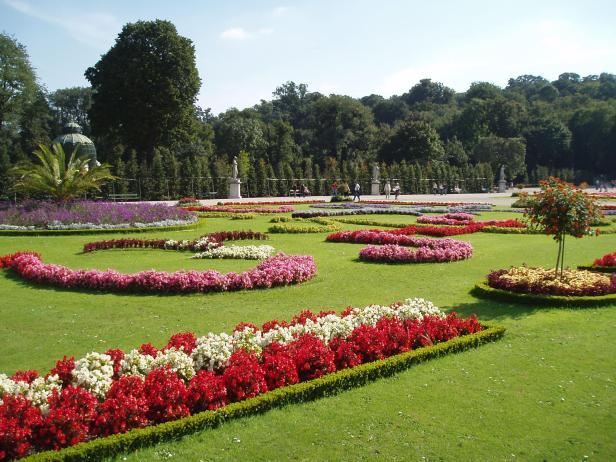Jardines de austria jardines sin fronteras for Jardines barrocos