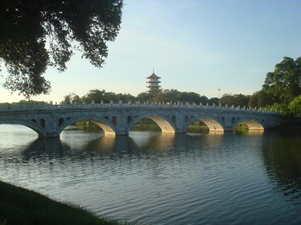 jurong-singapore-chinese-gardechinesegardensingapore-bridge-pagoda
