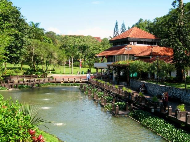 lake-gardens-kuala-lumpur-kj