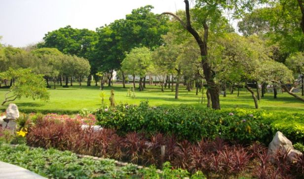 romaneenart-park-bangkok-ch