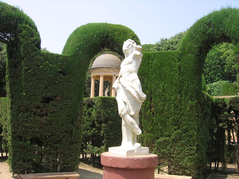 Jardines del laberinto de horta jardines sin fronteras - Estatuas de jardin ...