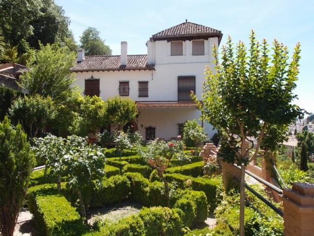 LOS CARMENES DE GRANADA – Jardines sin fronteras