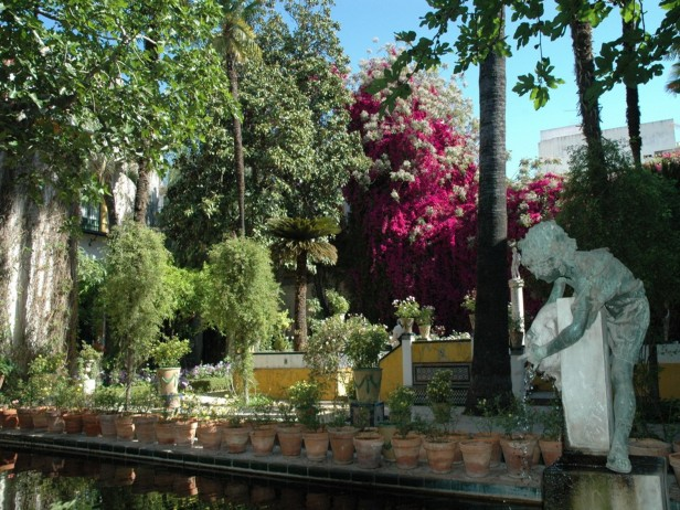 El mantenimiento y la restauraci n de los jardines for Jardin chico casa