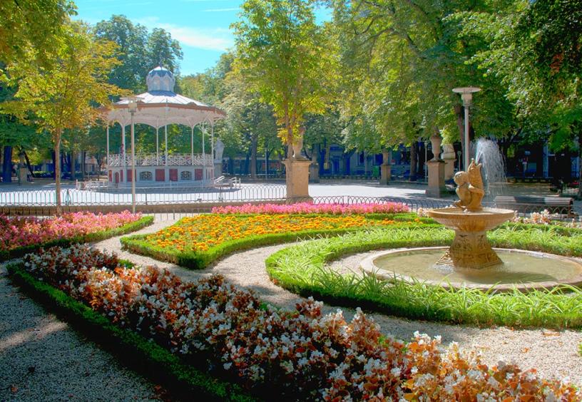 Europa la vuelta al mundo en 885 jardines espa a for Hotel jardines de uleta vitoria